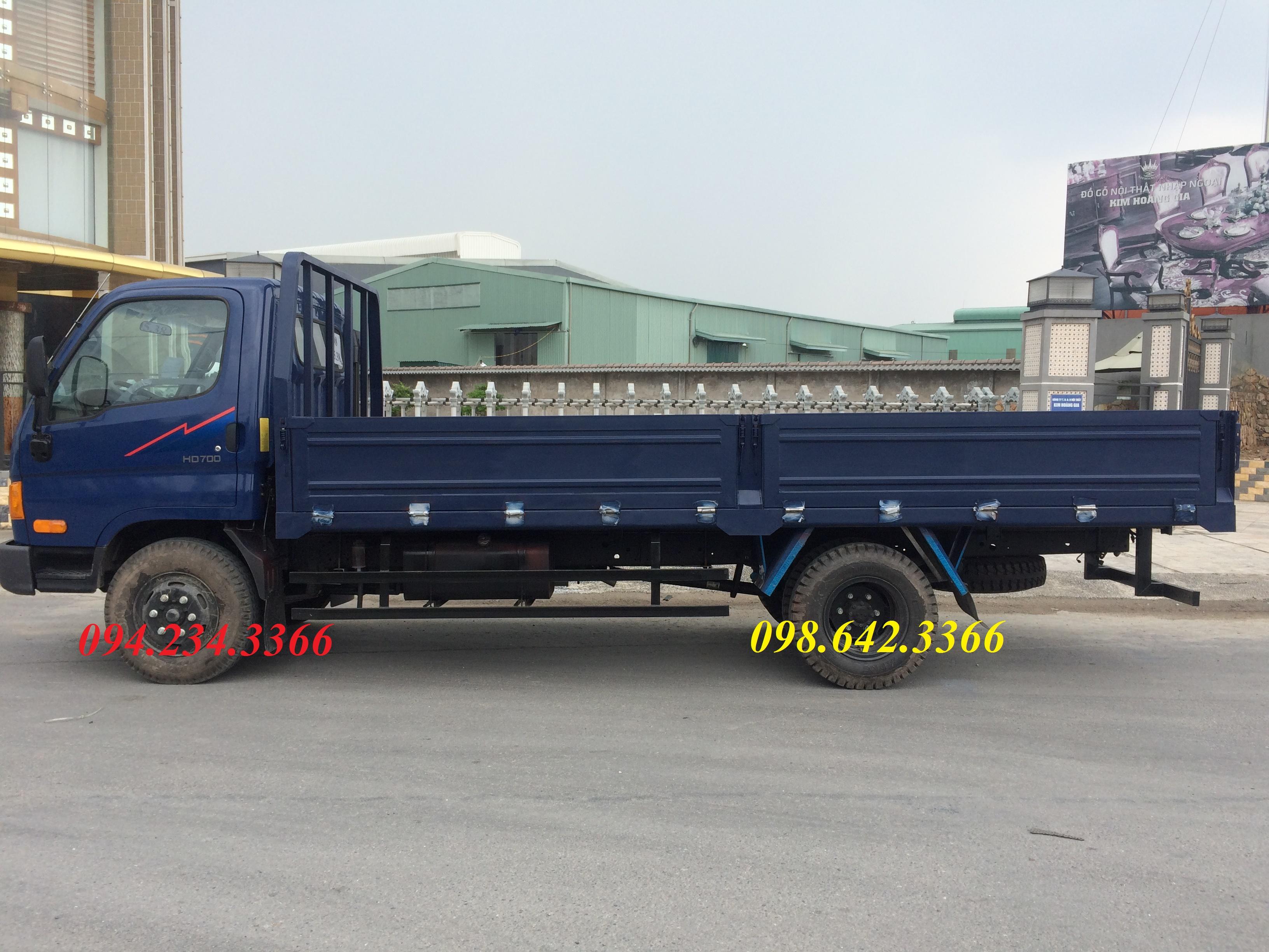 xe tải hyundai 7 tấn thùng lửng màu xanh
